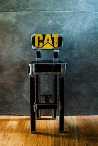 Lo sgabello - Vibrazioni Art Design
