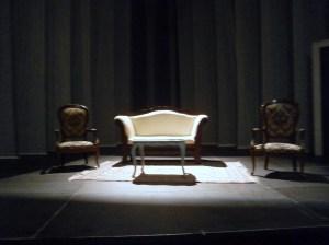 Il palcoscenico di Boston Marriage  prima dello spettacolo