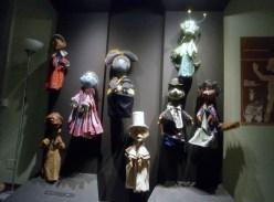 La prima sala de La casa dei Burattini di Otello Sarzi: con le figure delle favole
