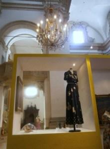 Valentino, abito seta stampata pere, 1968 - Mostra Il gusto della Contaminazione - MO - 28 maggio- 19 luglio 2015